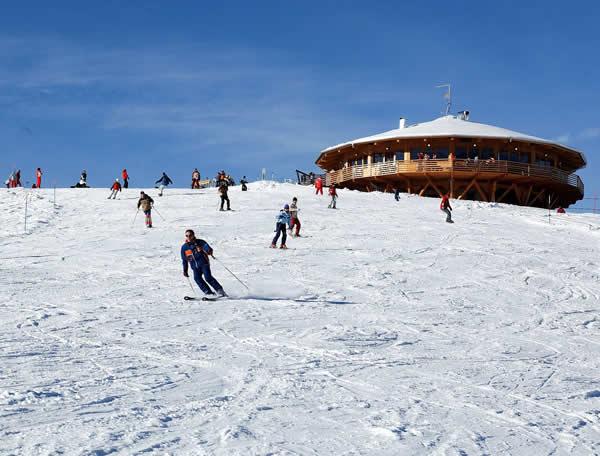 SKILAUF UND SNOWBOARD IM VALSUGANA: SKILAUF IM SKIGEBIET PANAROTTA