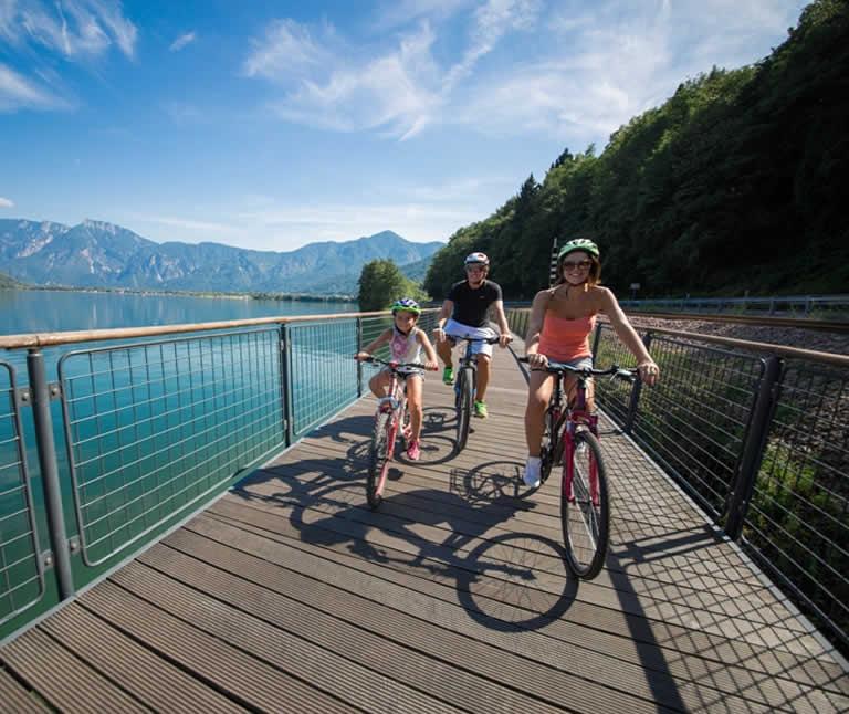 Weekend lungo GIUGNO e LUGLIO in trentino last minute lago di levico in valsugana hotel 3 stelle