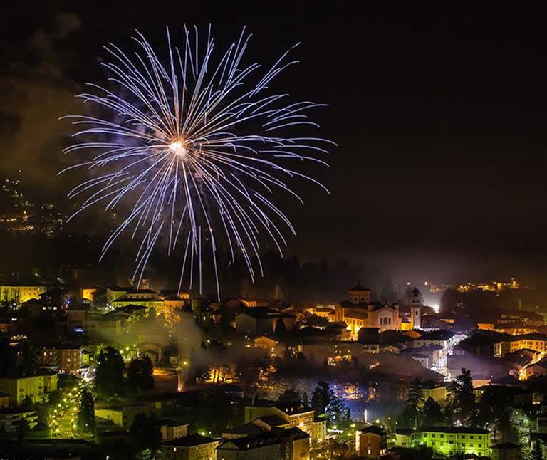 Vacanze in montagna ai mercatini di Natale al Lago di Levico hotel 3 stelle valsugana in trentino